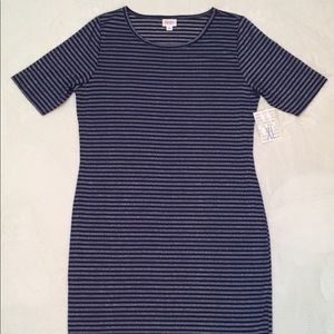 NWT LuLaRoe Elegant XL Julia, Navy Blue w/ Stripes